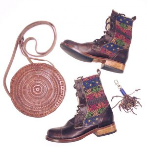 Lumily boots and bag